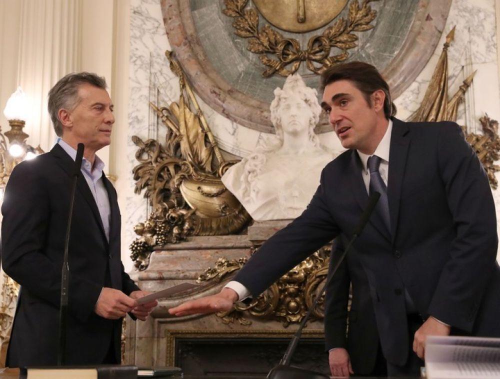Tras los aumentos, renunció el secretario de Energía Javier Iguacel